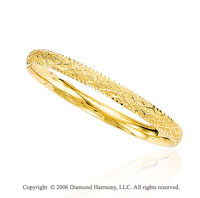 14k Yellow Gold 7in Diamond Carved 7mm Bangle Bracelet